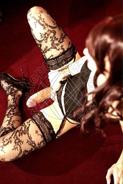 mistress verona escort macerata